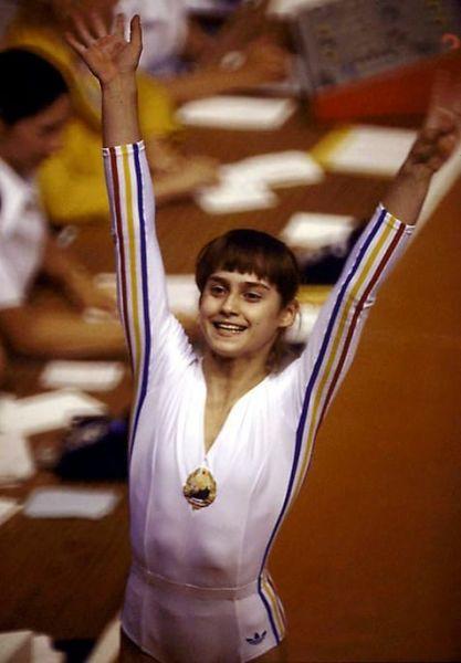 Nadia Elena Comăneci (n. 12 noiembrie 1961,[1] Onești, România) este o gimnastă română, prima gimnastă din lume care a primit nota zece într-un concurs olimpic de gimnastică - foto preluat de pe facebook.com