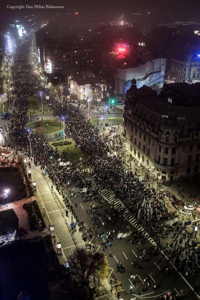 Protest 26 Noiembrie 2017 (Bulevardele Nicolae Balcescu si I.C. Bratianu. Bucuresti 26 Noiembrie 2017) - foto: Dan Mihai Balanescu