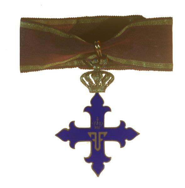 Ordinul Mihai Viteazul clasa II - foto preluat de pe ro.wikipedia.org