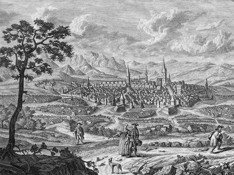 Sibiu - Orașul fortificat văzut dinspre Nord, Dealul Gusteritei, circa 1750 - foto preluat de pe ro.wikipedia.org