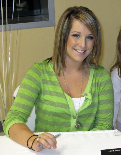 Carly Rae Patterson (născută la 4 februarie 1988 la Baton Rouge, Louisiana, SUA) este o gimnastă americană - foto preluat de pe en.wikipedia.org