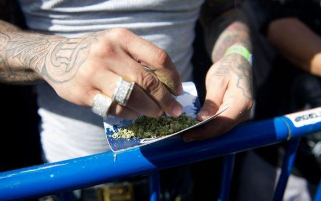 Este încă incert ce fel de medicamente vor controla olandezii la Amsterdam... - foto preluat de pe adevarul.ro