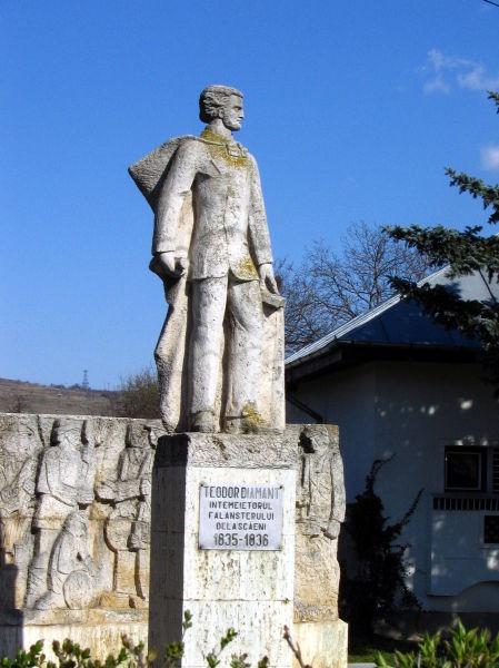 Teodor Diamant (n. Teodor Mehtupciu, 1810 - 1841), a fost un reprezentant al socialismului utopic în Țara Românească. În 1835 a înființat, la Scăeni, județul Săcueni, un falanster, intitulat Societatea agronomică și manufacturieră sau Colonia soților agronomi. Societatea a fost desființată de autorități un an mai târziu. A preconizat lichidarea analfabetismului și a superstițiilor, dezrobirea țiganilor, precum și ideea unirii instrucției copiilor cu munca productivă - (Statuia lui Teodor Diamant din Boldeşti-Scăieni) foto preluat de pe ro.wikipedia.org