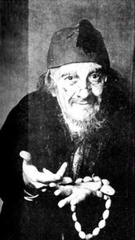 Nicolae Bălțățeanu ca Hagi-Tudose, 25 martie 1951 - foto preluat de pe ro.wikipedia.org