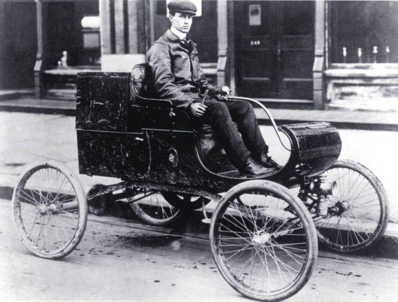 1901 Curved Dash Olds - foto preluat de pe www.americancowboychronicles.com