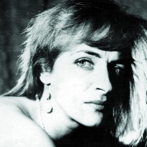 Tatiana Stepa (n. 21 aprilie 1963, Lupeni, județul Hunedoara - d. 7 august 2009, București) a fost o cântăreață română de muzică folk - foto preluat de pe www.istoria.md