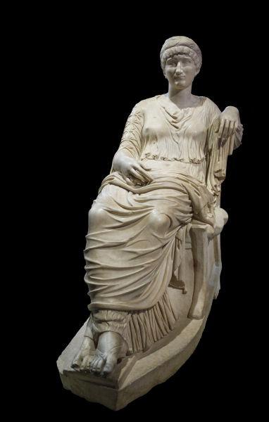 Flavia Iulia Helena, cunoscută sub numele de Helena Augusta sau Sfânta Elena (cca. 248 - cca. 329 în Nicomedia, azi Izmit, Turcia) a fost mama împăratului Constantin cel Mare - foto preluat de pe en.wikipedia.org