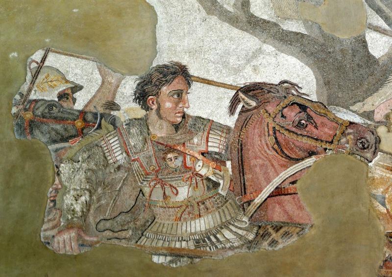 Alexandru cel Mare luptând cu regele persan Darius al III-lea (Mozaic din Pompeii, după o pictură greacă originală din sec. al III-lea î.Hr.) - foto preluat de pe ro.wikipedia.org