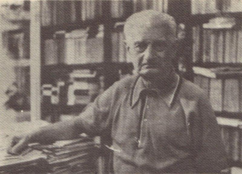 Ovidiu Papadima (n. 23 iunie 1909, Sinoie, Mihai Viteazu, județul Constanța – d. 26 mai 1996) a fost un eseist, istoric literar, cronicar literar și folclorist român - foto preluat de pe ro.wikipedia.org