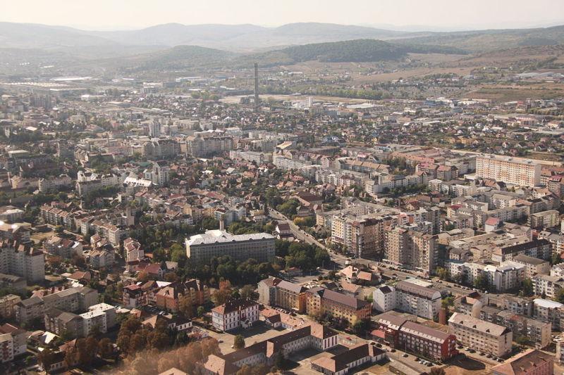 Orașul Bistrița văzut de sus - foto preluat de pe ro.wikipedia.org
