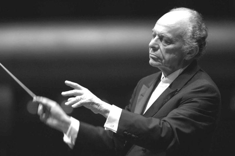 Lorin Maazel (n. 6 martie 1930, Neuilly-sur-Seine, Franţa - d. 13 iulie 2014, Virginia, Statele Unite ale Americii) a fost un dirijor, compozitor şi violonist american - foto preluat de pe ro.wikipedia.org