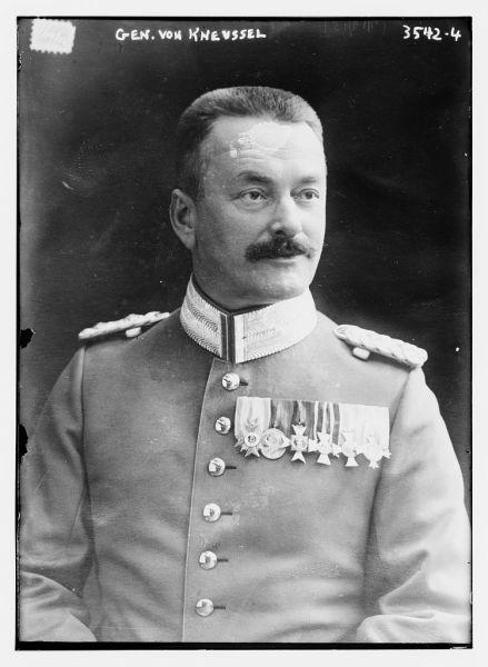 Paul von Kneussl (n. 27 iunie 1862 – d. 16 februarie 1928) a fost unul dintre generalii Armatei Imperiale Germane din Primul Război Mondial. A îndeplinit funcția de comandant al Diviziei 11 Bavareză în campania acesteia din România, având gradul de general-locotenent - foto preluat de pe ro.wikipedia.org
