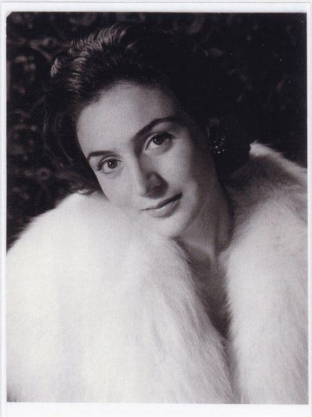 Simona Bondoc (n. 21 octombrie 1933, București) este o actriță română de teatru și film - foto preluat de pe www.tnb.ro