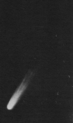 Cometa C/1956 R1 (Arend-Roland) in 1957 - foto preluat de pe ro.wikipedia.org