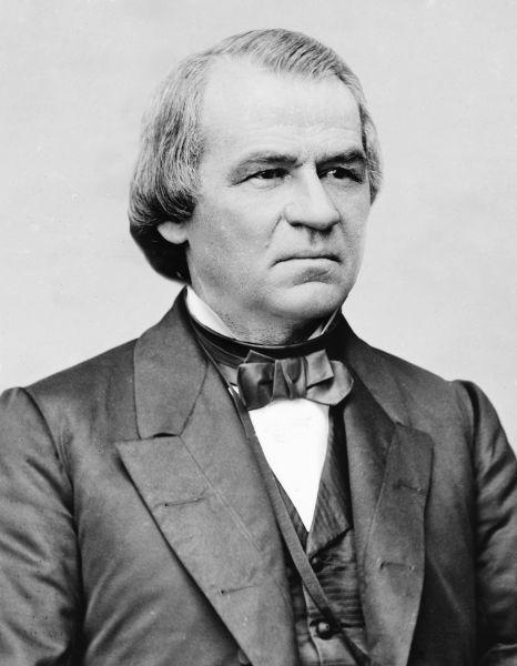 Andrew Johnson (n. 29 decembrie 1808 – d. 31 iulie 1875) a fost cel de-al șaisprezecelea vicepreședinte (1865) și cel de-al șaptesprezecelea președinte al Statelor Unite ale Americii (1865 – 1869), succedând la președinția Statelor Unite după asasinarea celui de-al șaisprezecelea președinte american, Abraham Lincoln - foto preluat de pe en.wikipedia.org