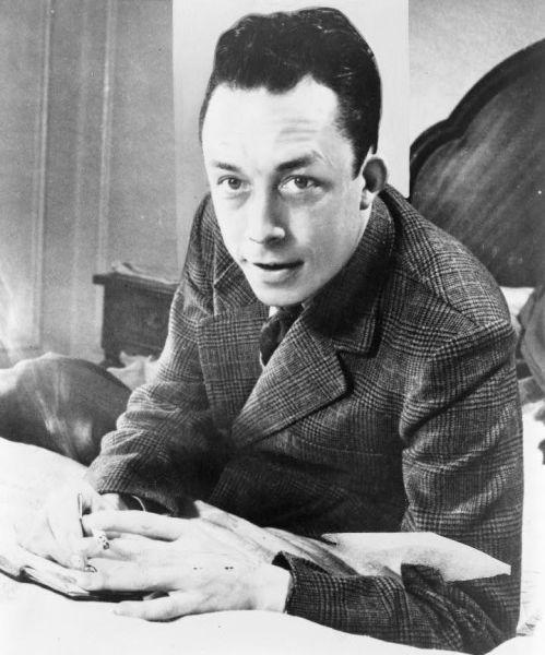 Albert Camus (n. 7 noiembrie 1913, Mondovi, Algeria franceză, azi Dréan, Algeria - d. 4 ianuarie 1960, Villeblevin, departamentul Yonne, Franța) a fost un romancier, dramaturg și filozof francez, reprezentant al existențialismului - (Portrait from New York World-Telegram and Sun Photograph Collection, 1957) - foto preluat de pe en.wikipedia.org