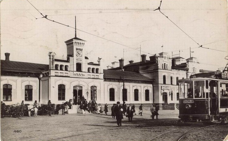 Gara Chișinău, astfel cum a existat ea până în 1936 - foto preluat de pe ro.wikipedia.org