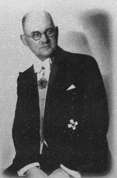 John Heinrich Detlef Rabe (23 noiembrie 1882 – 5 ianuarie 1950) - foto preluat de pe en.wikipedia.org