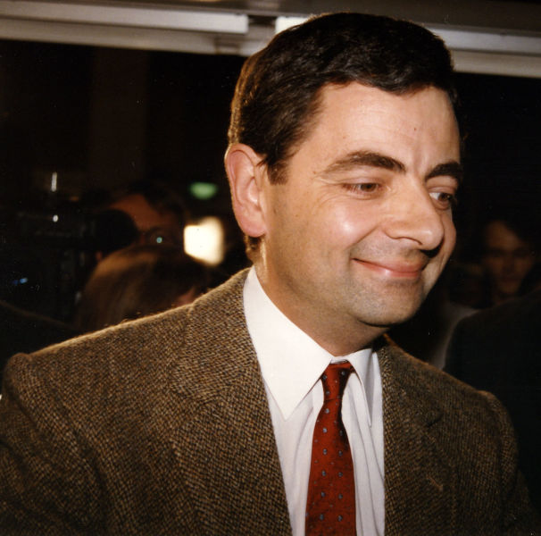 Rowan Sebastian Atkinson (n. 6 ianuarie 1955, Consett, comitatul Durham, Regatul Unit) este un actor și comic britanic, devenit celebru prin personajul Mr. Bean (Rowan Atkinson în Hürth, Germania, pentru promovarea filmului Bean în august 1997) - foto preluat de pe ro.wikipedia.org