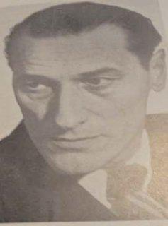 """Poet şi publicist remarcat în peisajul literar al secolului al XX-lea, Cicerone Theodorescu (09 februarie 1908 – 18 februarie 1974) şi-a petrecut anii adolescenţei, ai formării ca intelectual, precum şi debutul literar, în vechea capitală Târgovişte. Anume aceste ţinuturi au fost sursa sa de inspiraţie în creaţie. S-a aflat printre membrii activi ai colegiului de redacţie ai revistei """"Vlăstarul"""" (10.05. 1925 – 1.04.1926), pe care a editat-o în perioada studiilor la Liceul """"Ienăchiţă Văcărescu"""" - foto preluat de pe www.jurnaldedambovita.ro"""