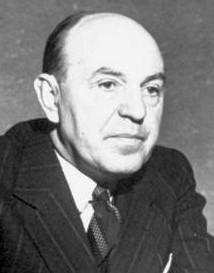 Mihail Romniceanu (n. 17 februarie 1891, Bucureşti - d. 13 februarie 1960, Râmnicu-Sărat) a fost licenţiat în drept, cu studii la Paris, avocat, profesor la Facultatea de Drept din Bucureşti, politician - foto preluat de pe ro.wikipedia.org