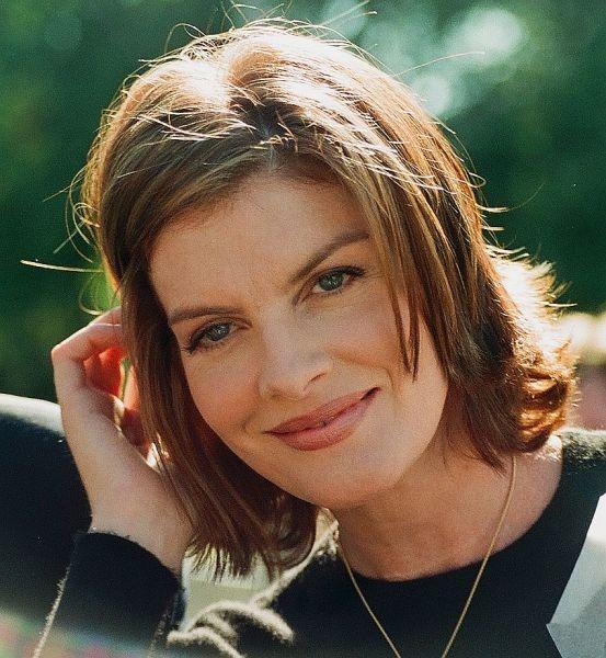 Rene Marie Russo (n. 17 februarie 1954) este o actriță, producătoare și fost model american - (1996) - foto preluat de pe ro.wikipedia.org