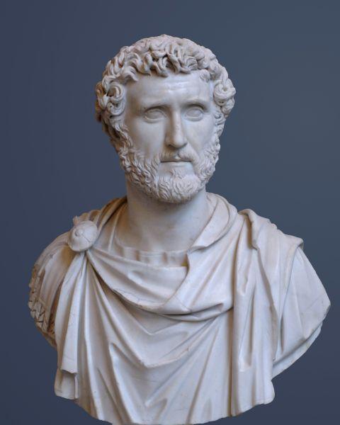 """Titus Aurelius Fulvus Boionius Arrius Antoninus Pius (19 septembrie 86 – 7 martie 161) a fost împărat Roman în perioada 138-161. A fost cel de-al patrulea din """"Cei cinci împăraţi buni"""" - (Bust of Antoninus Pius, at Glyptothek, Munich) - foto preluat de pe ro.wikipedia.org"""