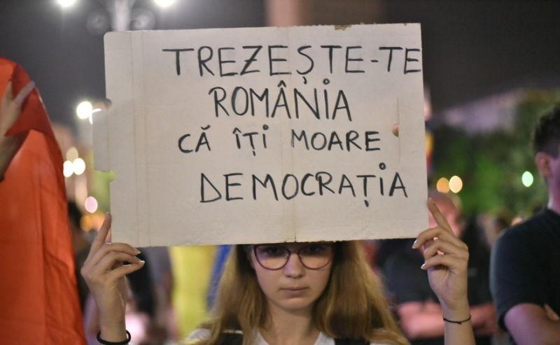 Protest - foto realizat de de Mihuţ Savu, preluat de pe epochtimes-romania.com