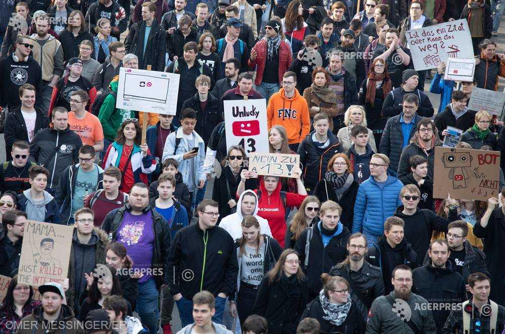 Proteste în Germania împotriva reformelor privind drepturile de autor în UE (23 martie 2019) - foto preluat de pe www.agerpres.ro