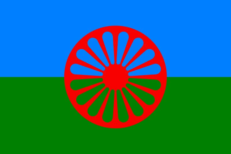 Drapelul romilor - foto preluat de pe ro.wikipedia.org