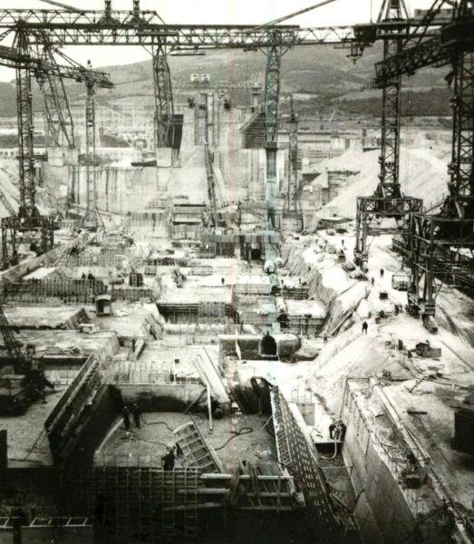 Hydropower site Iron Gates (1970) - foto preluat de pe en.wikipedia.org