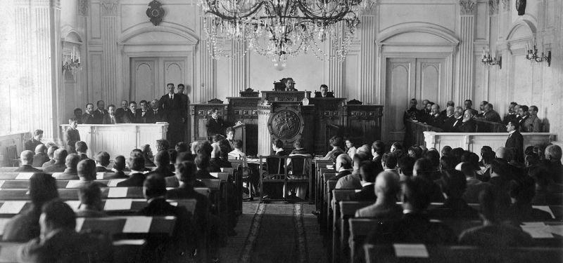 Republica Democrata Georgia, (Şedinţa Consiliului Naţional din 26 mai 1918) - foto preluat de pe ro.wikipedia.org