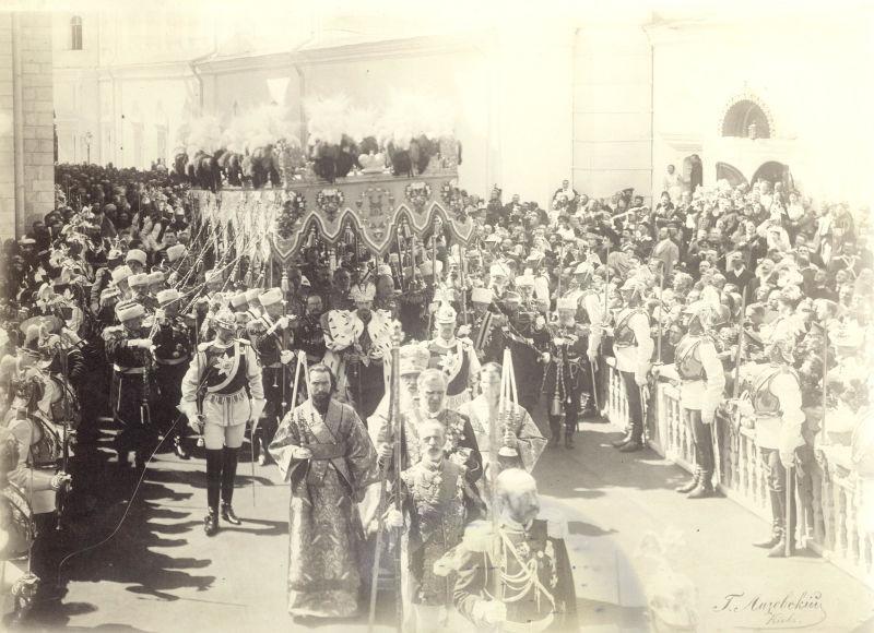 Încoronarea Ţarului Nicolae al II-lea (26 mai 1896) - foto preluat de pe ro.wikipedia.org
