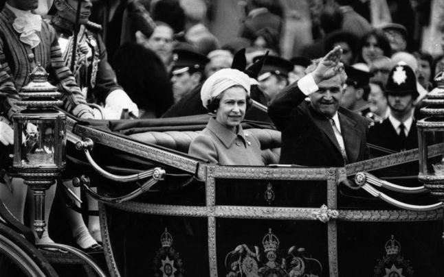 Ceauşescu în Marea Britanie (13-16 iunie 1978) - FOTO GETTY IMAGES (preluat de pe adevarul.ro)