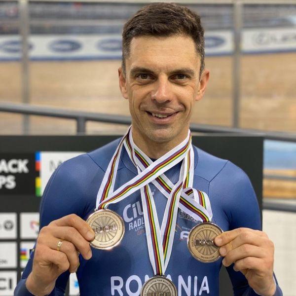 Carol-Eduard Novak (n. 28 iulie 1976, Miercurea Ciuc) este un ciclist paralimpic rutier și de pistă - foto preluat de pe www.facebook.com