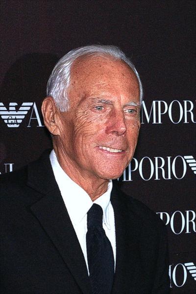 Giorgio Armani (n. 11 iulie 1934, Piacenza, Emilia-Romagna) este un designer vestimentar italian - foto preluat de pe ro.wikipedia.org