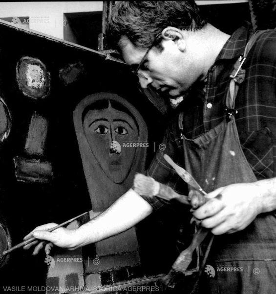 Ion Pacea (n. 7 septembrie 1924, Choropani, Grecia – d. 13 august 1999, București, România) a fost un pictor român, membru de onoare al Academiei Române - foto preluat de pe www.agerpres.ro