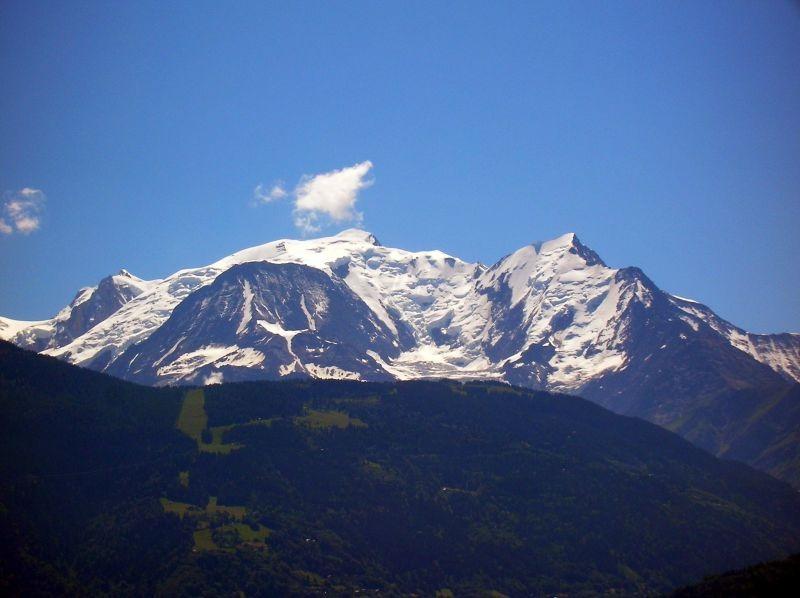 Mont Blanc - foto preluat de pe ro.wikipedia.org