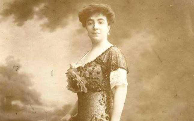 """Alexandrina """"Didina"""" Cantacuzino (născută Alexandrina Pallady, cunoscută și ca Alexandrina Grigore Cantacuzino; n. 20 septembrie 1876, Ciocănești, Dâmbovița, România – d. 1944) a fost o feministă, filantroapă și diplomată română, una dintre liderele feministe din România în anii 1920 și '30 - foto preluat de pe adevarul.ro"""
