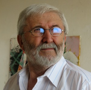 Corneliu Vasilescu (n. 23 octombrie 1934, Bârlad) este un pictor și grafician român contemporan, reprezentant al expresionismului abstract - foto preluat de pe ro.wikipedia.org