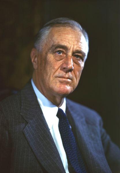 Franklin Delano Roosevelt (n. 30 ianuarie 1882, Hyde Park, New York, SUA – d. 12 aprilie 1945, Little White House, Comitatul Meriwether, Georgia, SUA) a fost cel de-al treizeci și doilea președinte al Statelor Unite ale Americii (1932–1945) - (Photograph by Leon Perskie, 1944) - foto preluat de pe en.wikipedia.org