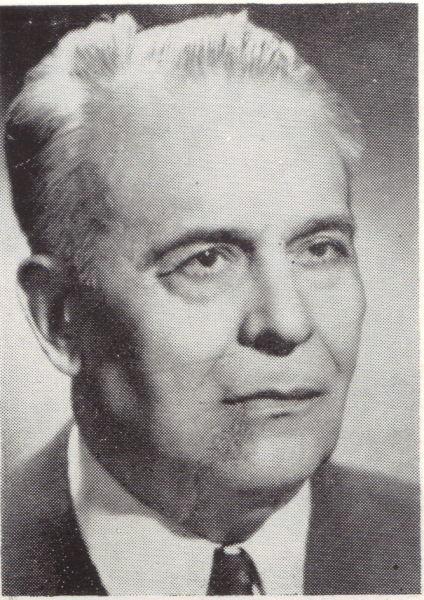 Ștefan Bârsănescu (n. 28 martie 1895, Viperești, Buzău, România - d. 5 noiembrie 1984, Iași, România) a fost un academician, membru corespondent al Academiei Române, pedagog și eseist român, membru al Asociaților Savanților Celebri din Chicago (SUA) - foto preluat de pe ro.wikipedia.org