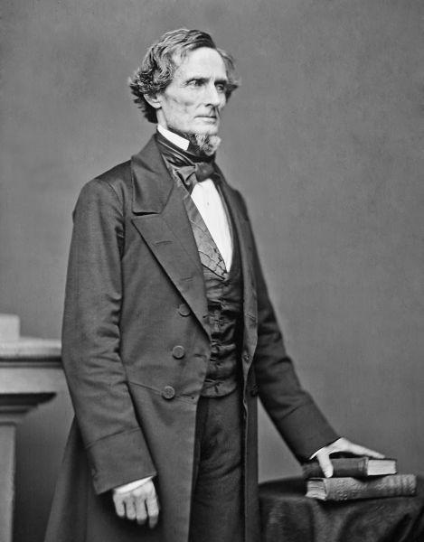 Jefferson Finis Davis (n. 3 iunie 1808 – d. 6 decembrie 1889) a fost un politician american care a servit ca preşedinte al Statelor Confederate ale Americii pentru întreaga sa istorie, între 1861 şi 1865, de-a lungul Războiului civil american - foto preluat de pe ro.wikipedia.org