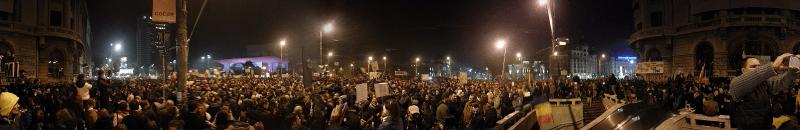 Protestele din Piața Universității, București, 5 noiembrie 2015 - foto preluat de pe ro.wikipedia.org