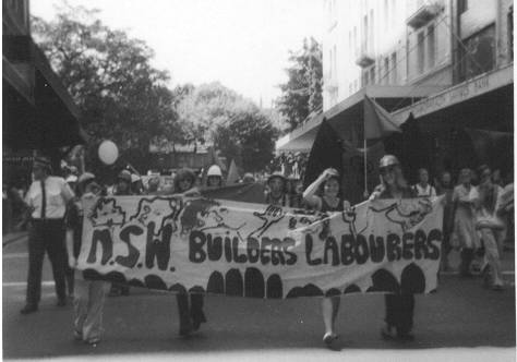 Female members of the Australian Builders Labourers Federation march on International Women's Day 1975 in Sydney - foto preluat de pe ro.wikipedia.org