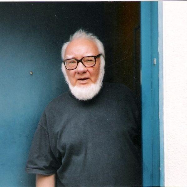 """Paul Goma (n. 2 octombrie 1935, Mana, Orhei, România - d. 25 martie 2020, Franța) a fost un scriitor român, stabilit la Paris, militant anticomunist, liderul Mișcării pentru drepturile omului din 1977 în România, cunoscut pentru atitudinile naționaliste și antisemite și ca negaționist al Holocaustului din România, din cauza opoziției sale față de Raportul Comisiei """"Elie Wiesel"""" - foto preluat de pe www.facebook.com"""