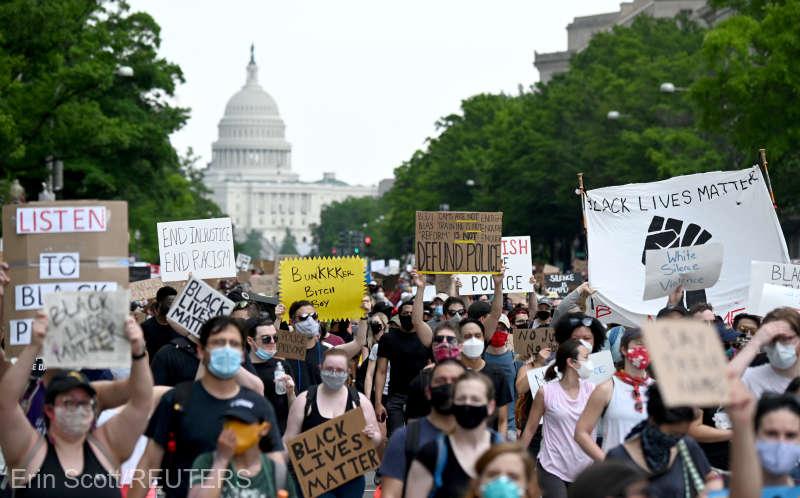 Protestele după uciderea lui George Floyd - foto preluat de pe www.agerpres.ro