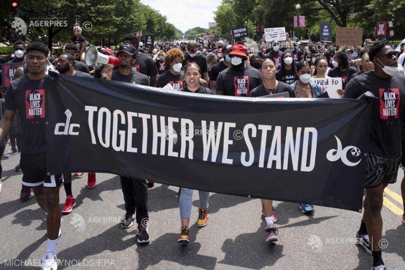 SUA (19 iunie 2020) Mii de americani au sărbătorit în stradă abolirea sclaviei - foto preluat de pe www.agerpres.ro