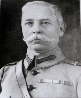 Constantin Christescu (n. 2 decembrie 1866, Pădureţi - d. 9 mai 1923, Bucureşti) a fost unul dintre generalii Armatei României din Primul Război Mondial. A ocupat funcţia de şef al Marelui Cartier General de la 1 aprilie până la 9 noiembrie 1918 - foto preluat de pe ro.wikipedia.org