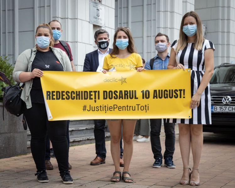 24 iulie 2020 - Societatea civilă s-a întâlnit cu Procurorul General, pentru a discuta despre Dosarul 10 august - foto preluat de pe www.facebook.com/vedemjust.ro